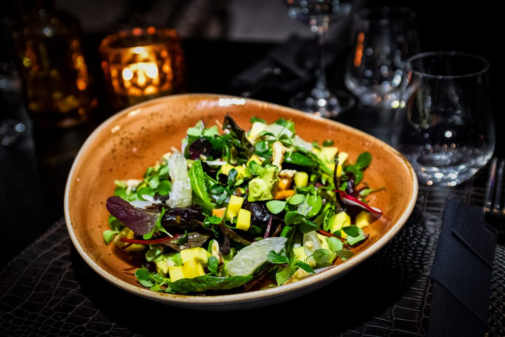 copper_bar_restaurant_food_wildkraeuter_salat