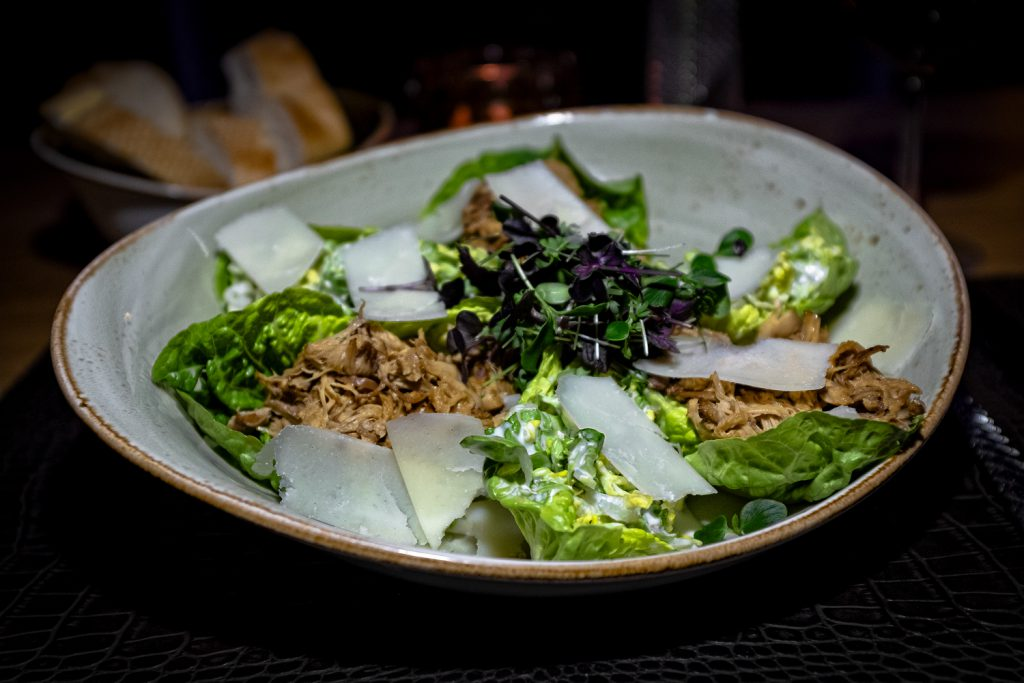 caesar_salad_pulled_chicken